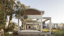 Casa Luisina / Reimers Risso Arquitectura