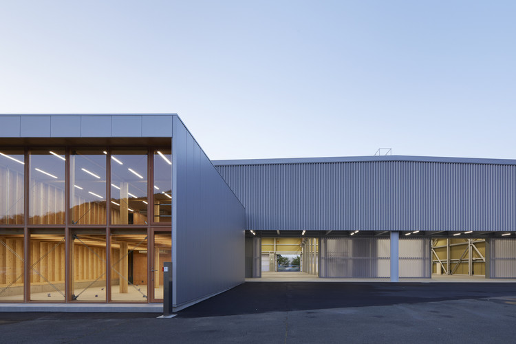 Matsui Archmetal Maizuru Factory / Kenzo Makino & Associates, © Toshiyuki Yano