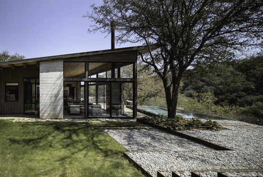 House El Barrial / ByMura Design Studio
