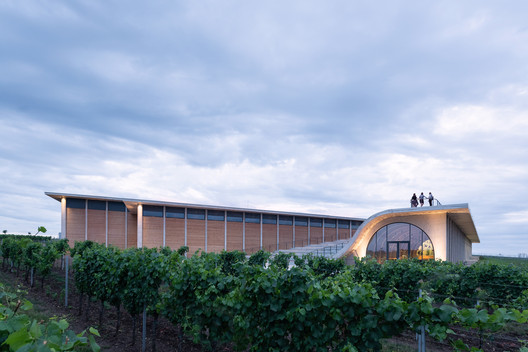 Lahofer Winery / CHYBIK + KRISTOF
