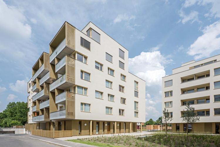 zwei+plus Intergenerational Housing by trans_city TC. Image © Hertha Hurnaus, Leonahard Hizensauer