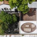 """01 - Hiding House Ngôi nhà """"ẩn náu"""" giữa chốn đô thị phồn hoa, là tâm huyết của gia chủ và KTS sau 6 năm xây dựng"""