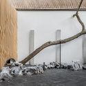 """36 - Hiding House Ngôi nhà """"ẩn náu"""" giữa chốn đô thị phồn hoa, là tâm huyết của gia chủ và KTS sau 6 năm xây dựng"""