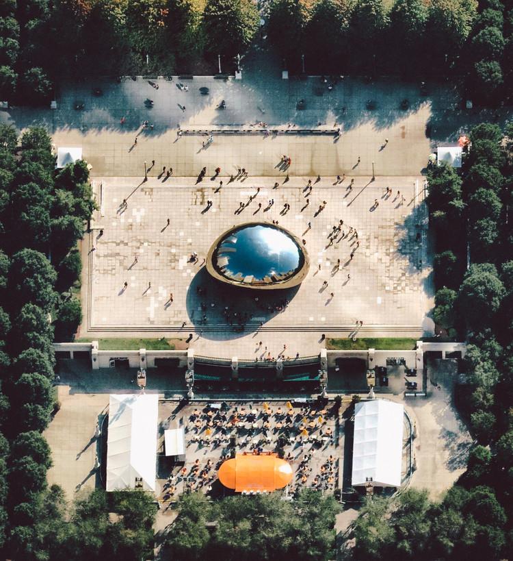Por qué no es el momento de dejar de vivir en la ciudad, Chicago's Millennium Park. Image © Daily Overview | @nearmap