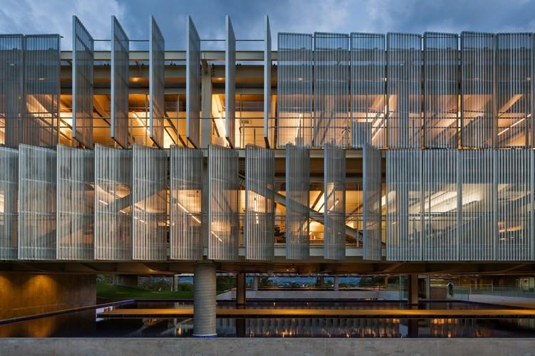 O que produzem os concursos de arquitetura no Brasil?, Sede do SEBRAE / gruposp + Luciano Margotto. Imagem: © Nelson Kon