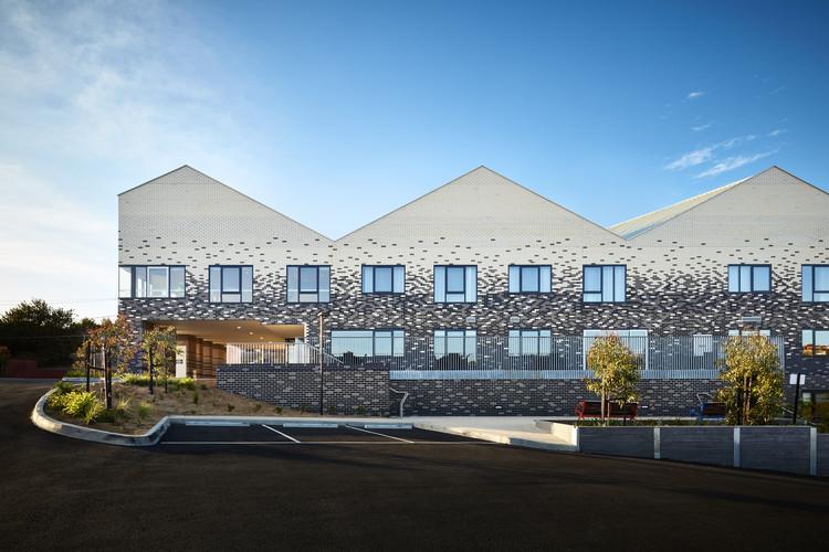 MASS Design Group disponibiliza guia de como projetar habitações para idosos na pandemia, BaptCare Brookview, Westmeadows por CHT Architects. Imagem © Rhiannon Slatter