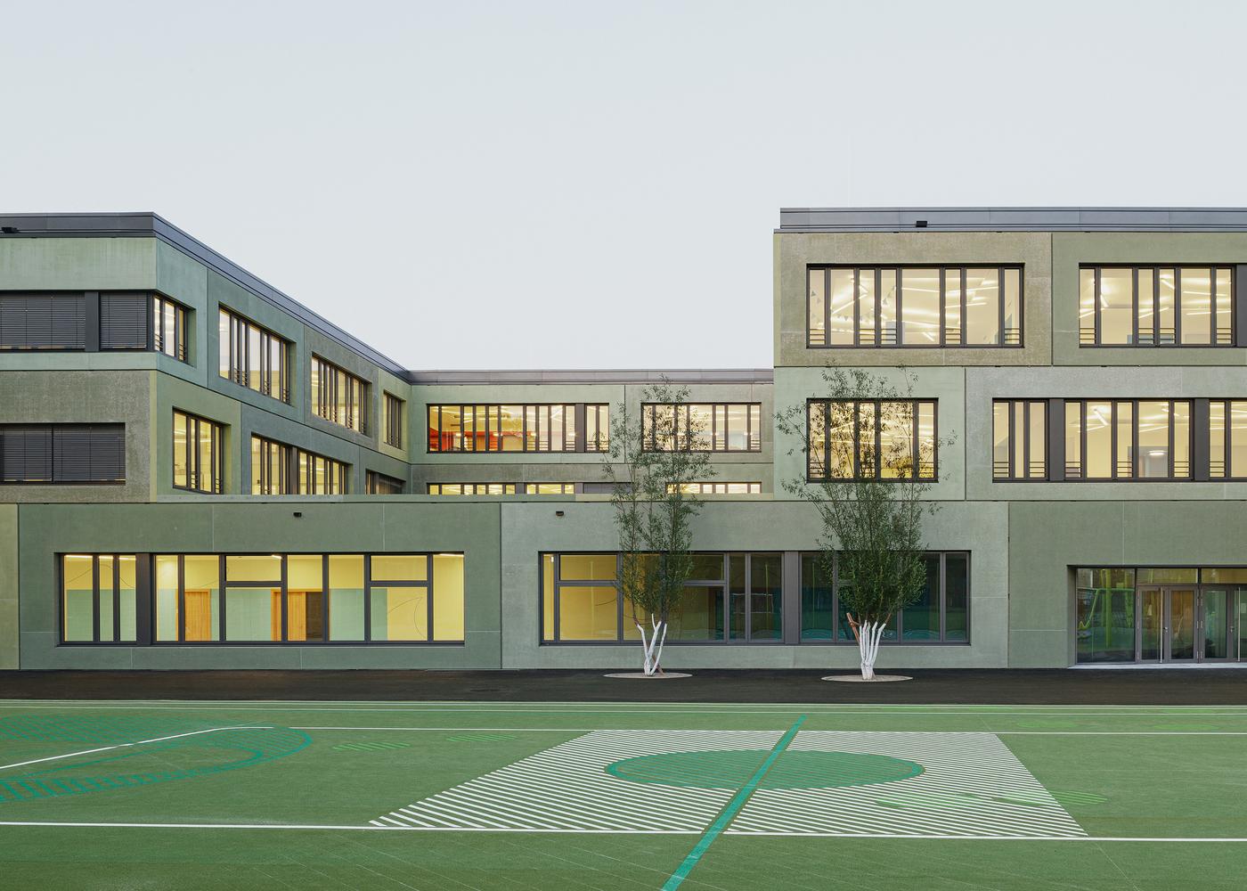 European School Munich / léonwohlhage Gesellschaft von Architekten mbH