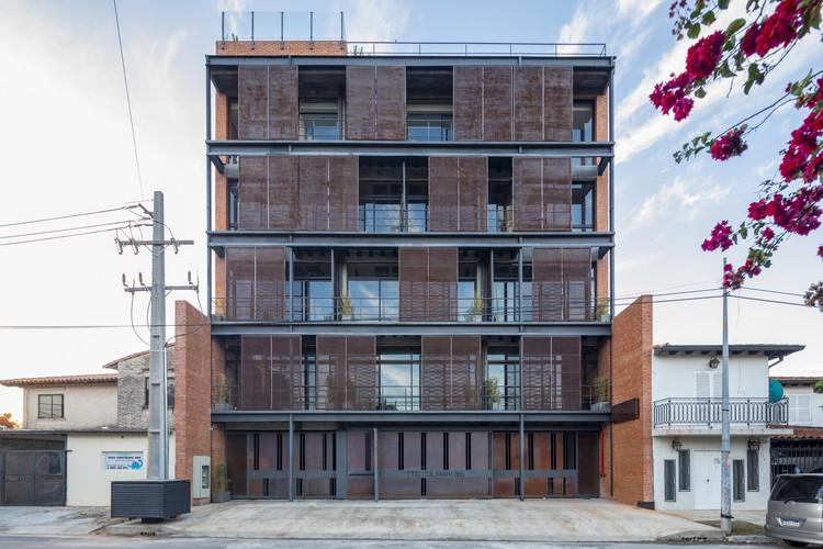 Edificio Casa Factory / Meraki Arquitectura + Diseño, © Leonardo Méndez