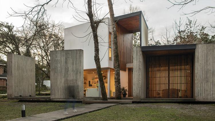 Casa El Corte / Plural Arquitectos, © Jimena Montenegro, Giselle Auvieux