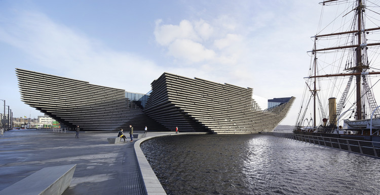 ICONIC AWARDS 2020: Kengo Kuma and Associates Named 'Architects of the Year' by the German Design Council, V&A Dundee,Scotland by KKAA. Photo???Hufton Crow