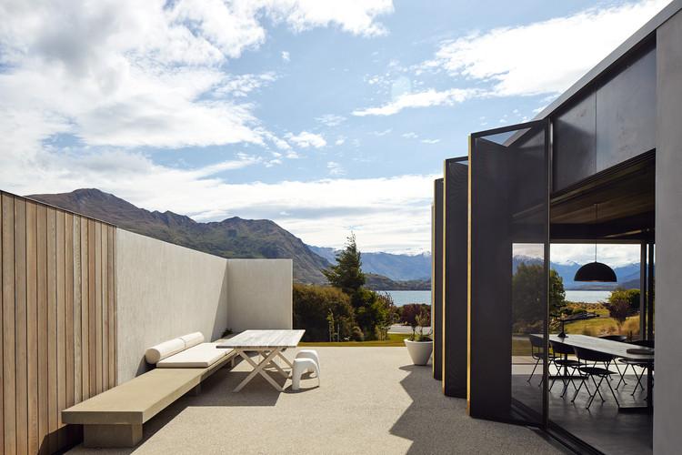 Te Pakeke Retreat / Fearon Hay Architects, © Simon Wilson
