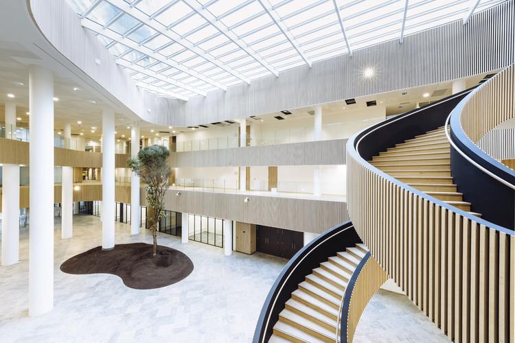 Biotope Office Building / Henning Larsen + KeurK architecture, © Jonathan Alexandre