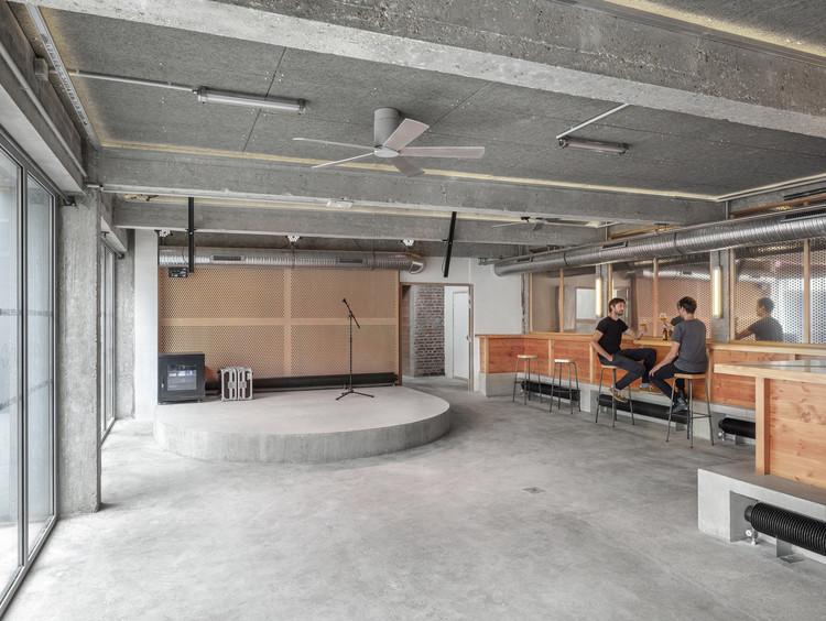 Brasserie Gallia / Maxime Jansens Architecture + Erwan Bonduelle Architecture, © Cécile Septet