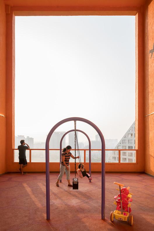 A evolução do compartilhamento dos espaços: privacidade e abertura em arquiteturas cada vez mais densas, Future Towers / MVRDV. Image © Ossip van Duivenbode