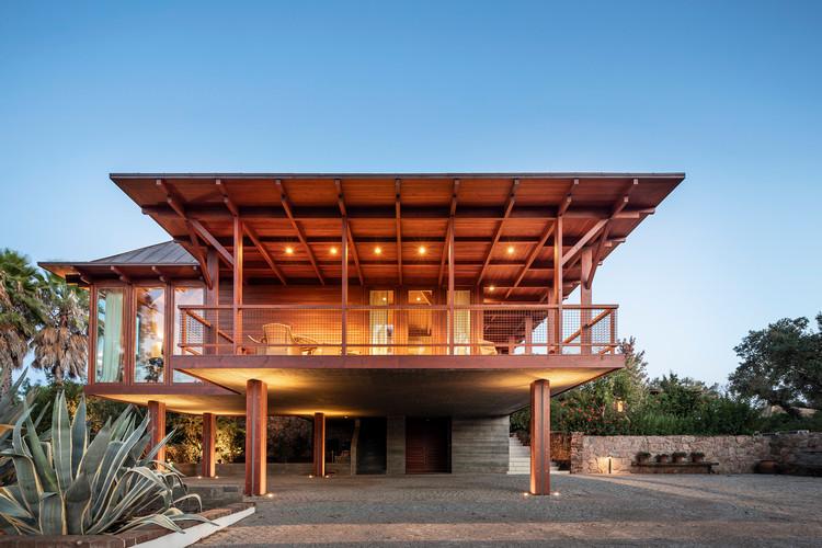 Expansion of Barrocas House / Carlos Castanheira, © Fernando Guerra | FG+SG