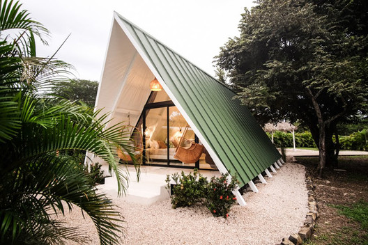 A FRAME Cabin M&K / MICHERON STUDIO