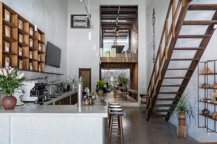 Adiuvat Coffee Roaster Quinhon / A+H architect, © Quang Tran