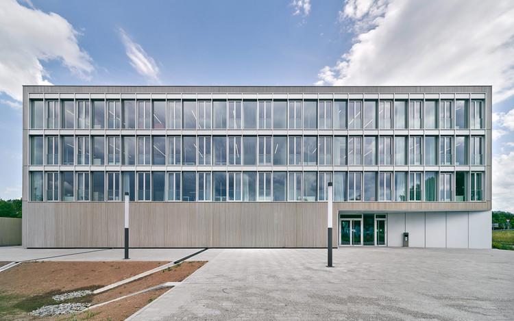 RIZ Regional Innovation Center for Energy Technology / Birk Heilmeyer und Frenzel Architekten, © Bernhard Strauss