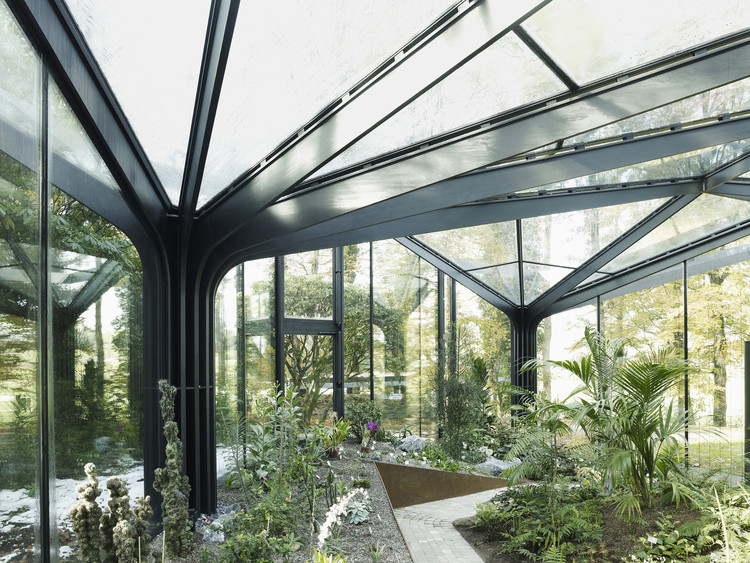 Structure And Translucent Cladding How To Design A Greenhouse Archdaily