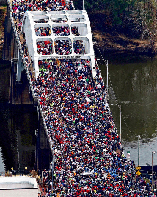 Anniversary of 'Bloody Sunday' on the Edmund Pettus Bridge in 2015. Image from Associated Press