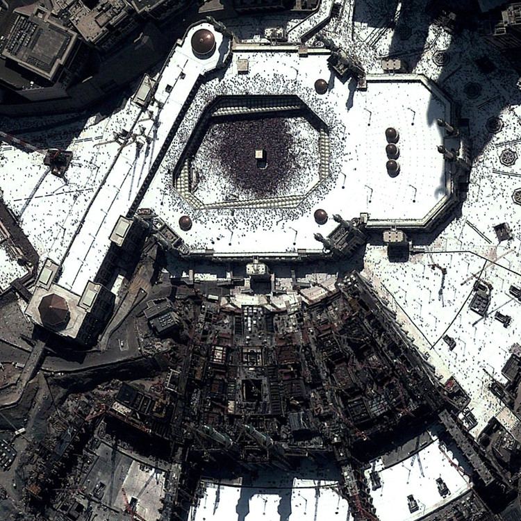 Great Mosque of Mecca. Image by Daily Overview