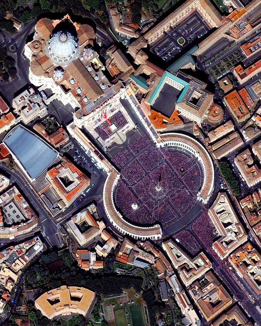 St. Peter's Square in the Vatican on an Easter Sunday. Created by @benjaminrgrant, source imagery: @digitalglobe