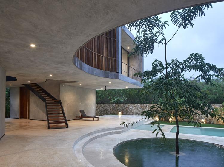 Casa Madri / Magaldi Studio, © Edmund Sumner