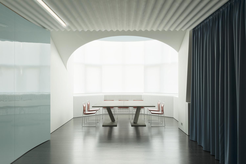 Moscow Apartment / Nicolas Dahan Architectes