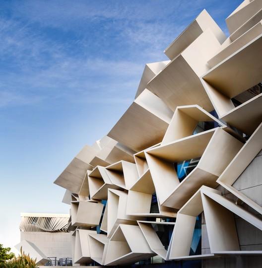 Centro de convenciones Green Land - Edificio de exposiciones / Mehrdad Iravanian Architects