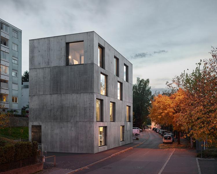 Estúdio Klostergasse / Bernardo Bader Architekten, © Adolf Bereuter