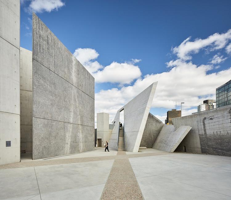 Materializando lo intangible: 8 Memoriales en el mundo, © doublespace photography