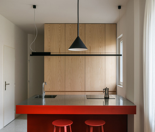 H Apartment  / Grau Architects