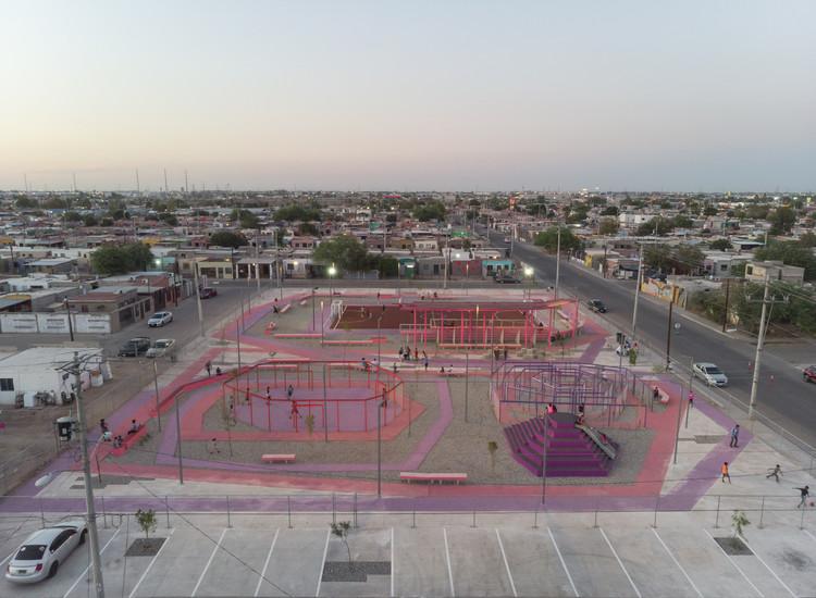 Parque del Kinder en Mexicali / DVCH DeVillarCHacon, © Lorena Darquea