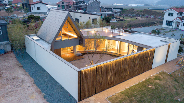 Walden House / Formative Architects, © Youngsung Koh