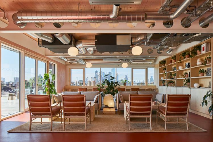 6 Orsman Road Workspace  / Waugh Thistleton Architects + Storey, © Ed Reeve