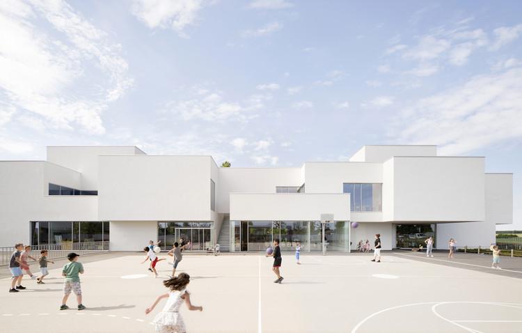 """""""Olympe de Gouges"""" Group of Schools  / Dominique Coulon & associés, © Clement Guillaume"""