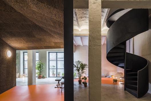 Yoglar Musical School / Enrique Jerez + Leal Interiorismo y Diseño