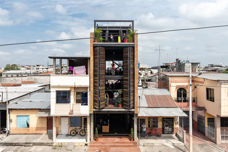 Academia Urbana Bardales / Natura Futura Arquitectura, © JAG Studio