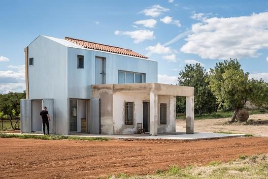 La Caseta Country House / Alberto Facundo Arquitectura