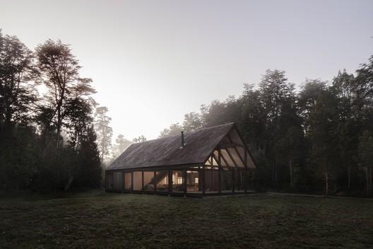 Casa Frutillar / Duarte Fournies Arquitectos