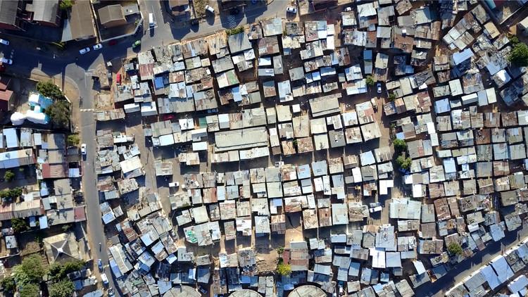 Derecho a la ciudad y conflictos urbanos en América Latina, ¿qué debemos hacer?, © GLF Media | Shutterstock