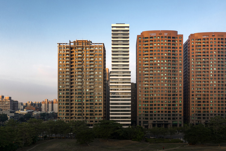 Torre residencial One More em Taiwan, pelas lentes de Kris Provoost, © Kris Provoost