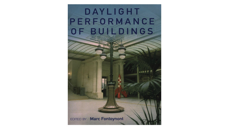 Daylight Performance of Buildings / Marc Fontoynont. Image via Amazon