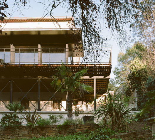 Winter Garden for a Mason's House / SAPIENS ARCHITECTES