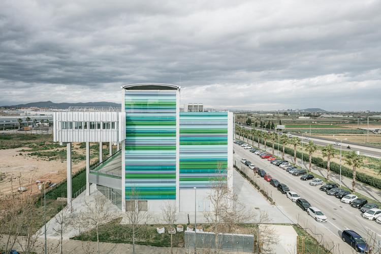 Edificio Sócrates Viladecans / PICHARCHITECTS, © Aldo Amoretti