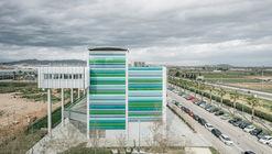 Edificio Sócrates Viladecans / PICHARCHITECTS