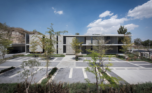 Corporativo Anteus Constructora / Ricardo Yslas Gámez Arquitectos