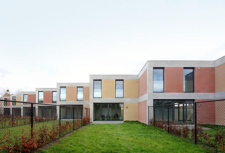 Habitações e assentamentos sociais: potenciais promotores da vida em comunidade, © Filip Dujardin