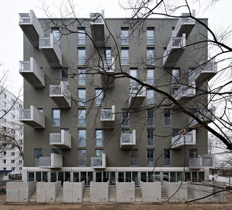 Paul-Zobel-Strasse Apartments / Heide & von Beckerath, © Andrew Alberts