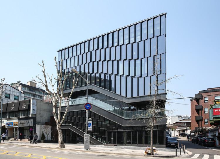 Edifício M Street / LESS, © N2shot, LESS